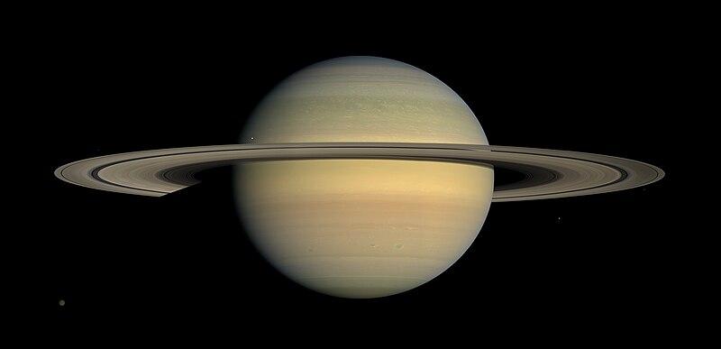 Ficheiro:Saturn during Equinox.jpg