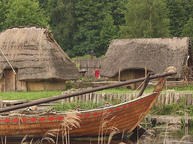 Rekonstruiertes slawisches Dorf im Freilichtmuseum Ukranenland, Torgelow