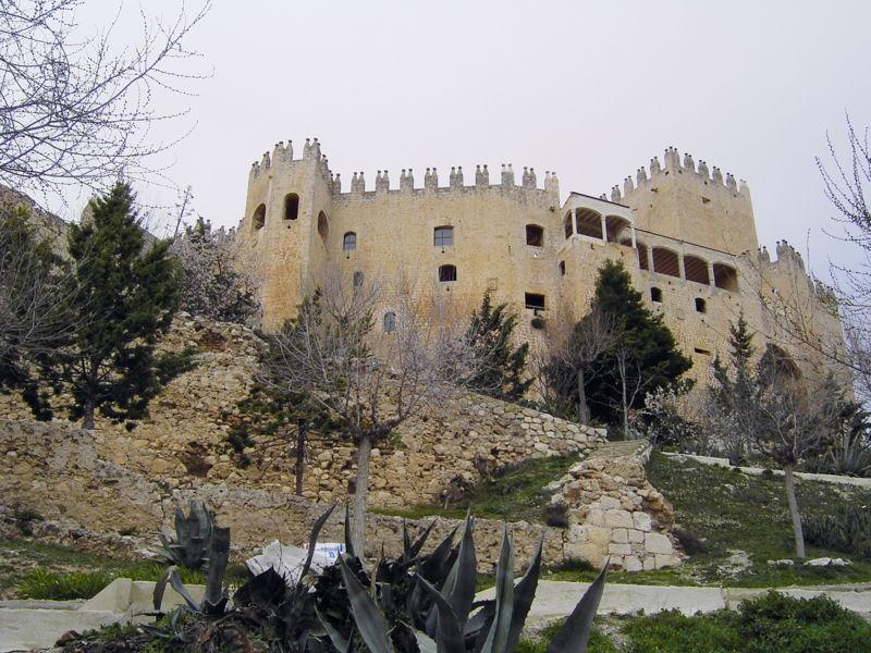 Archivo:Castillo Vélez-Blanco.JPG