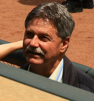 English: Brewers General Manager Doug Melvin
