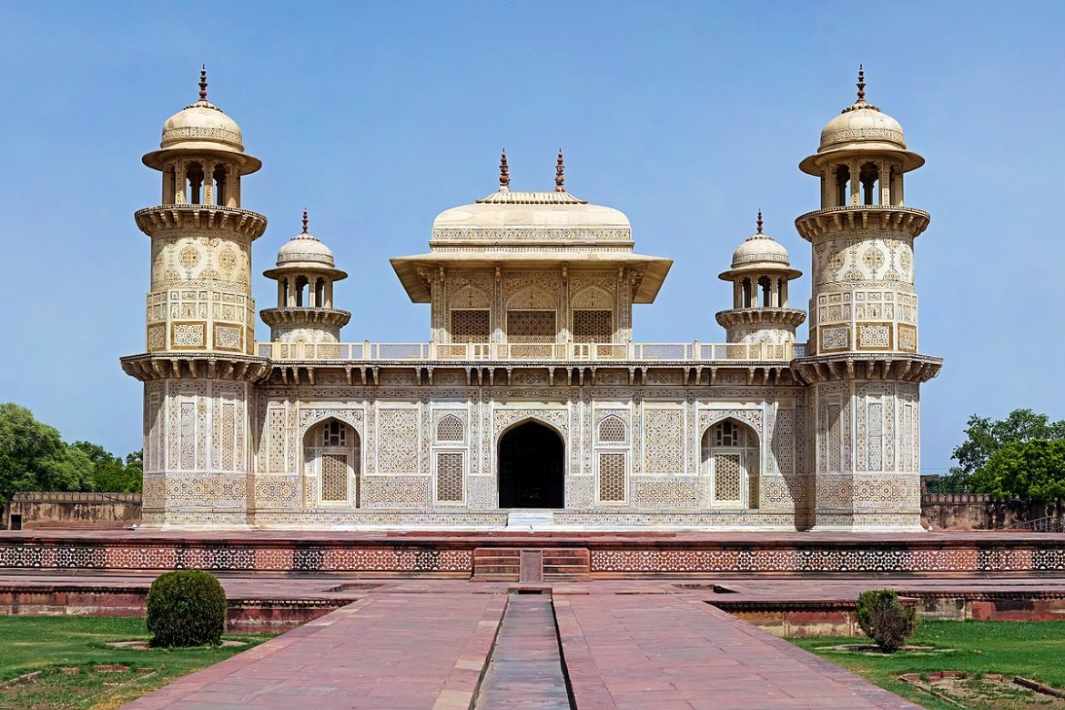 #Travelblog #Agra #TouristAttraction