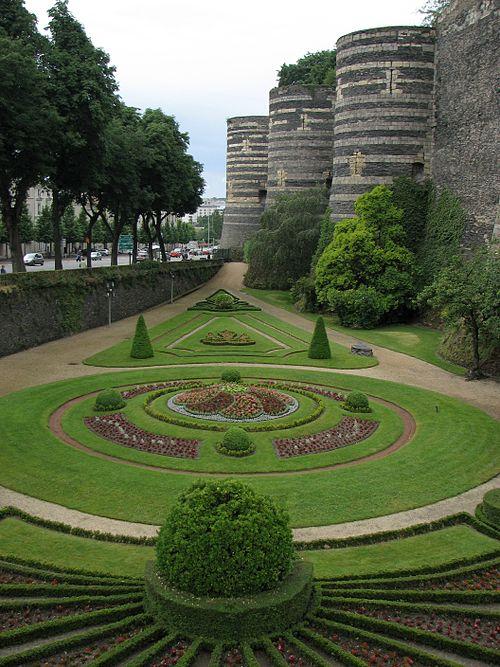 Jardin château angers