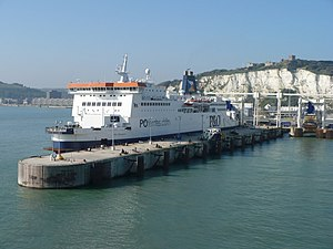 P&O ferry at Eastern Dock, Dover P&O ferry 'Pr...