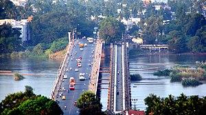 Kaveri Bridge between Thiruchirapalli and Srir...