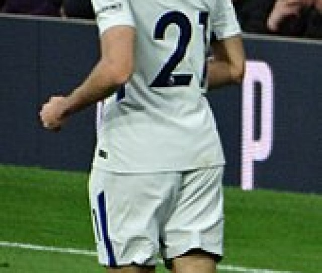 Zappacosta Playing For Chelsea In