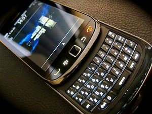 English: BlackBerry Torch opened