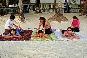 Ess, Maye and Mel just chilling. A massage on ...