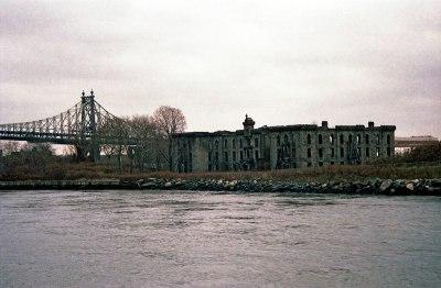 File:New-York-City,-Roosevelt-Island,-Smallpox-Hospital ...