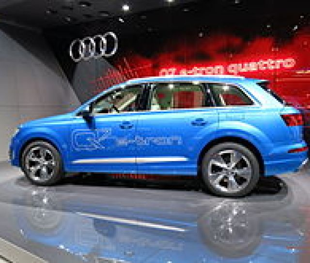 Audi Q E Tron   Tdi Quattro Plug In Hybrid Exhibited At The  Geneva Motor Show