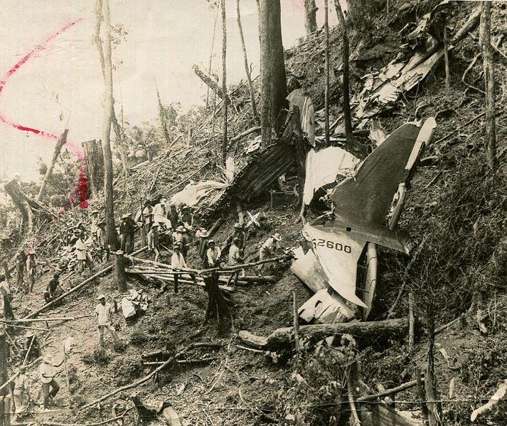 File:1957 Cebu Douglas C-47 crash site.jpg