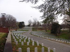 Arlington National Cemetery 2012.jpg