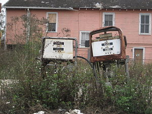 Rusty abandoned gas pumps. Claiborne Avenue, N...