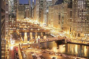English: Chicago River at Dusk