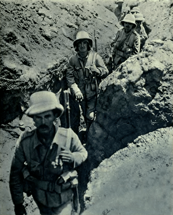 English: British trench near the Tigris, in Me...
