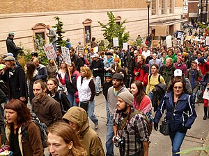 English: Demonstrators rallying for peace as p...