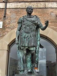 Estatua de Cayo Julio Cesar