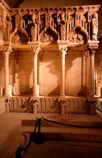Stone choir of Master Mateo - Museum of the Cathedral of Santiago de Compostela (3)
