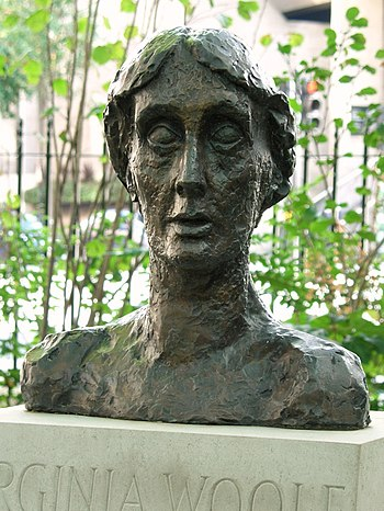English: Bust of Virginia Woolf, Tavistock Squ...