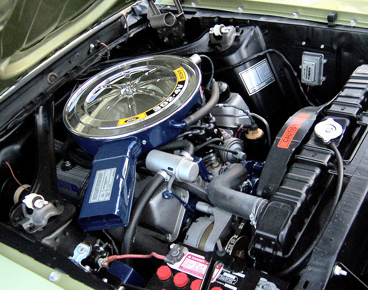 2001 Lincoln Ls Engine Compartment