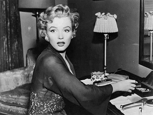 Monroe in Don't Bother to Knock (1952)