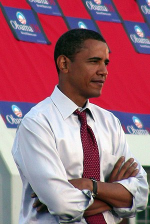 English: Barack Obama waiting as he was announ...