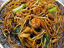 Chow mein 1 by yuen.jpg