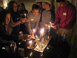 Hanukkah Simple English Wikipedia The Free Encyclopedia