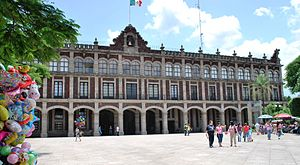 English: State Government Palace of Morelos lo...