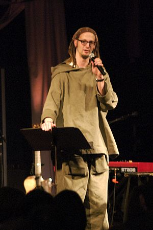 Shane Claiborne speaking in 2007
