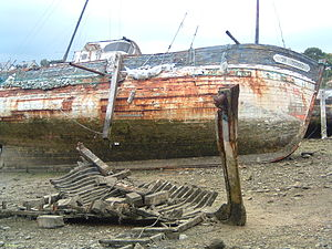 épave - wreck - Pic from France (Rance river) ...