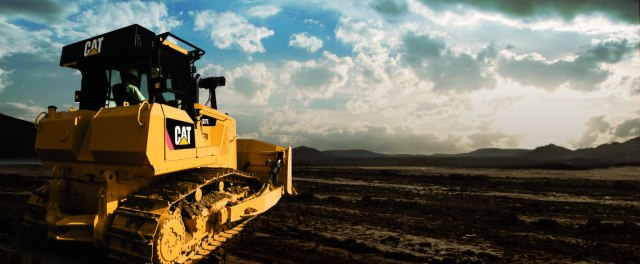 Buy Caterpillar on Weakness