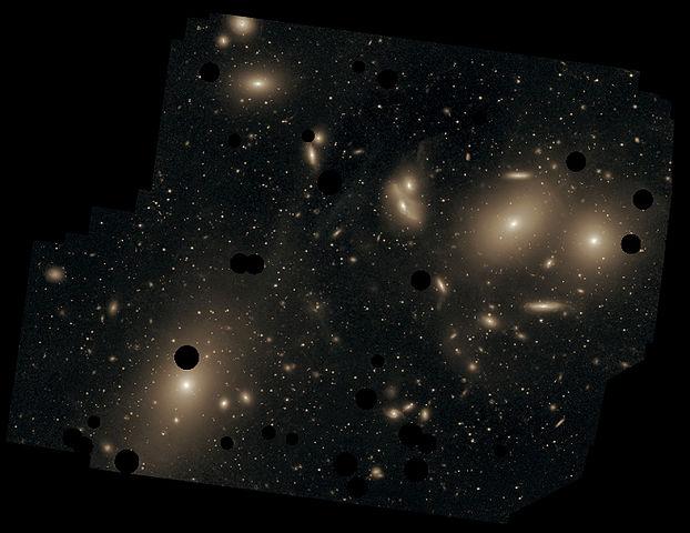Foto del cúmulo de Virgo, el centro del Supercúmulo de Virgo. Crédito: Chris Mihos (Case Western Reserve University)/ESO