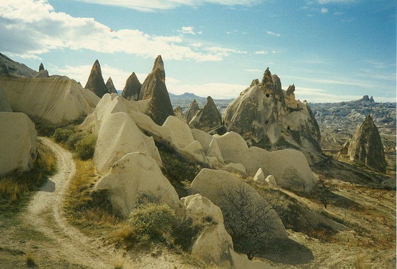 Archivo:Goreme valley.jpg