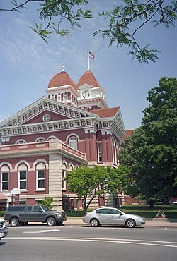 Lake County courthouse in Crown Point