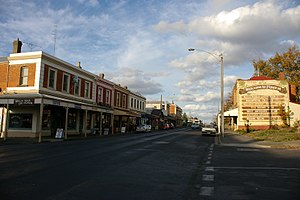 Looking along Piper St, Kyneton, Victoria, Aus...