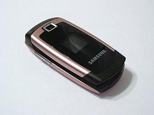 Cell phone Samsung SGH-X680 ubt