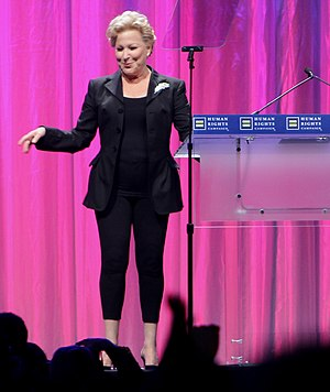 Bette Midler at the 2010 HRC Annual Dinner