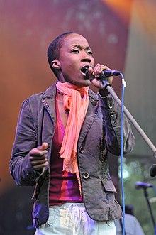Rokia Traoré singing.jpg