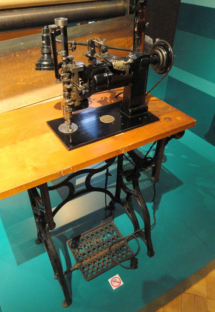 File Sewing Machine Cornely Machine Ltd Motor And Lamp