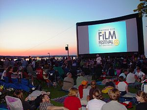 English: Inflatable movie screen at the Traver...