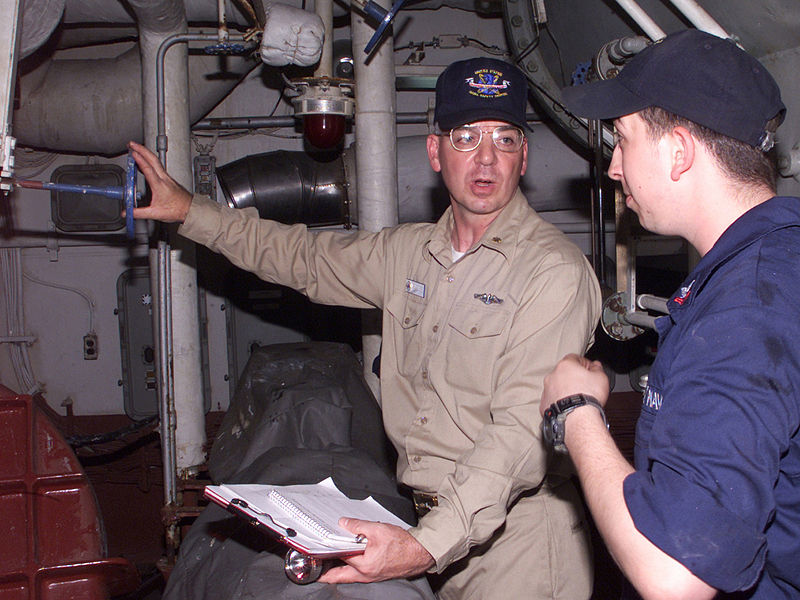 File:US Navy 020724-N-9802B-001 A safety Inspection is conducted in the main spaces aboard USS Essex (LHD 2).jpg
