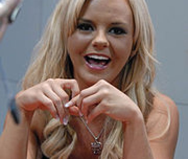 Bree Olson At Adult Entertainment Expo