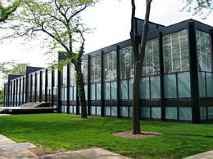 アメリカのシカゴにあるイリノイ工科大学クラウンホールの参考画像