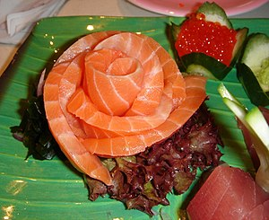 English: A salmon rose, part of a sashimi dinn...
