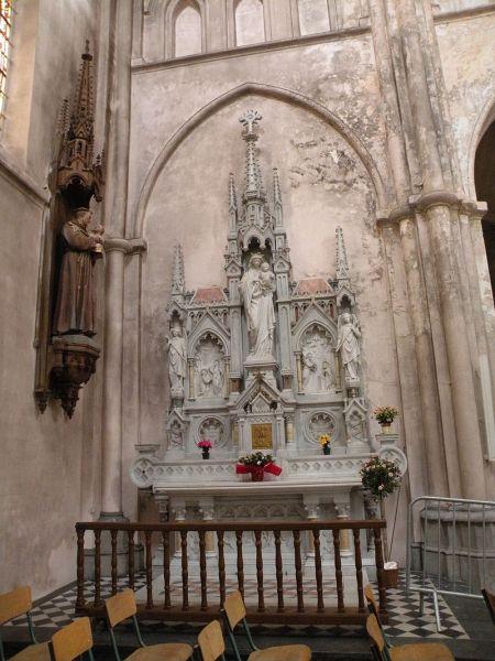 Église Saint-Étienne de Wignehies 15.JPG