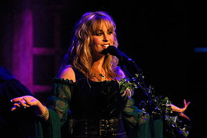 Candice Night performing in 2009 with Blackmor...