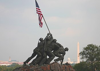 Marine Corp Memorial Iwo Jima with Washington ...