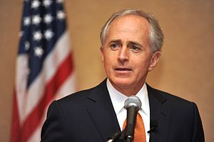 Bob Corker discusses economic and housing mark...