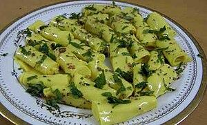 खांडवी - गुजराती शाकाहारी भोजन Traditional Kha...