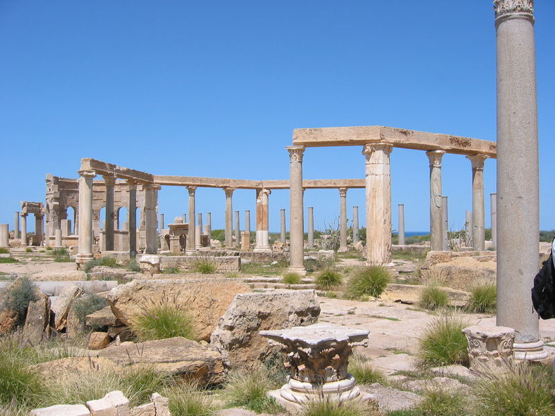 File:Leptis Magna market place April 2004.jpg